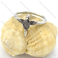 two wings women ring with black zircon r002074