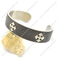 Cross Crosslet Bangle b002998